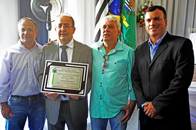 Presidente Motta recebe título de cidadão em Bananal