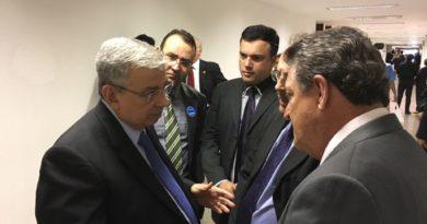 Charles Fernandes pressiona contra aprovação das medidas AntiTrabalhistas